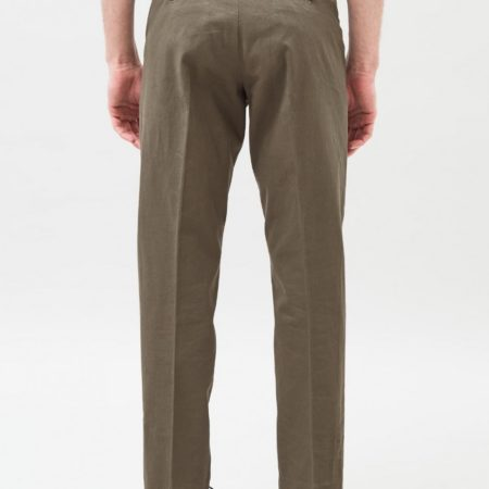 Dr Denim Ledger Chinos in Army Green